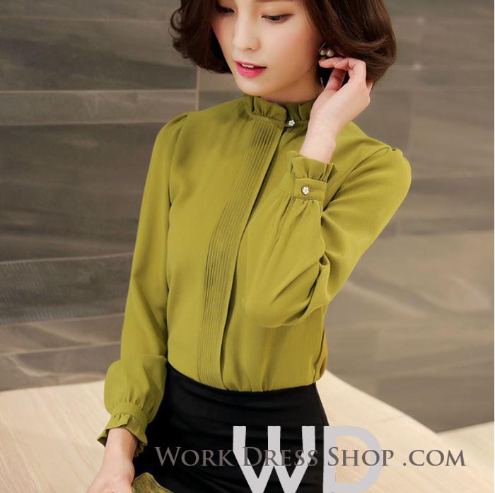 Preorder เสื้อทำงาน สีเขียว คอตั้ง แขนแต่งระบายสวย จับจีบด้านหน้าสวยงาม สำเนา สำเนา สำเนา