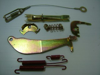 SST ชุดขาเบรค MITSUBISHI STRADA-2500/RH