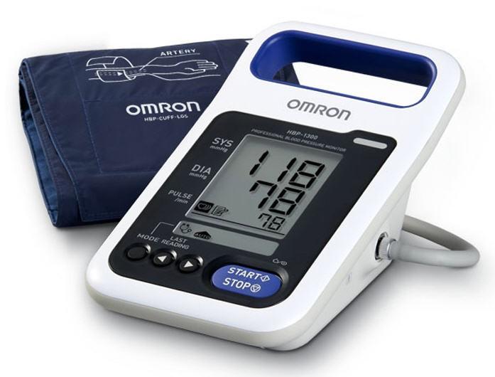 เครื่องวัดความดันดิจิตอลแบบหิ้ว Omron รุ่น HBP-1300 แถมผ้าขนาด M และ L (เหมาะสำหรับโรงพยาบาล)