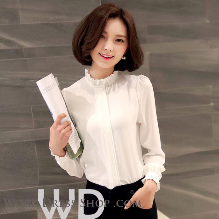 Preorder เสื้อทำงาน สีขาว คอตั้ง แขนแต่งระบายสวย จับจีบด้านหน้าสวยงาม