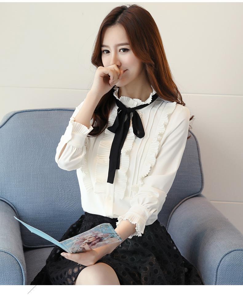 Preorder เสื้อทำงาน สีขาว คอผูกโบว์สวย แขนแต่งระบายน่ารัก เนื้อผ้าระบายอากาศได้ดี