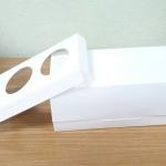 กล่องคัพเค้ก 3 ชิ้น / กล่องขนม สีขาว พร้อมฐานรองคัพเค้ก
