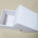 กล่องของขวัญ กล่องของที่ระลึก กล่องฝาครอบ กล่องอเนกประสงค์ กล่องของใช้ กล่องแบบฝาครอบ สีขาว ขนาด 12.2x16.2x8 ซม. ราคา 230 บาท/10 ใบ