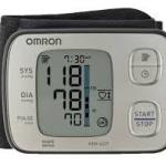 เครื่องวัดความดันข้อมือ รุ่น TOP ของ Omron รุ่น Hem-6221 (เสียงเงียบมาก) รับประกัน 5 ปี ราคาถูก ส่งทั่วประเทศ