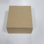 กล่องสแน็ค กล่องอาหารว่าง Snack Box กล่องคอฟฟี่เบรค กล่องคัพเค้ก แบบไม่มีหน้าต่าง สีคราฟท์ ขนาด 15.0x15.0x7.6 ซม.