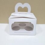 กล่องคัพเค้ก 3 ชิ้น หูหิ้ว สีขาว แบบหน้าต่าง 2 ด้าน 18x14x10ซม.กล่องคัพเค้กพร้อมฐานรองคัพเค้ก (ช่องใส่คัพเค้กกว้าง 6.4ซม.) 20ใบ/แพ็ค