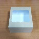 กล่องเค้กครึ่งปอนด์ กล่องคัพเค้ก 4 ชิ้น กล่องเค้ก กล่องขนม กล่องเบเกอรี่ ลายคราฟท์หน้าขาวหลังน้ำตาล 16.8x16.8x9ซม.20ใบ/แพ็ค