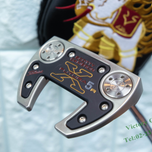 Pt.Scotty Cameron Futura X5R