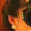 Preorder ตุ้มหู สี่เหลี่ยมประดับเพชรเรียงเป็นแถวเล็กๆ ล้อมด้วยมุกเล็กน่ารัก thumbnail 4
