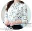 Preorder เสื้อทำงาน สีขาว คอจีนแขนยาว พิมพ์ลายดอกไม้สวยหวาน เนื้อผ้าระบายอากาศได้ดี thumbnail 8