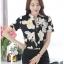 Preorder เสื้อทำงาน คอจีน สีดำ ผ้าพิมพ์ลายดอก เนื้อผ้าระบายอากาศได้ดี แขนสั้น thumbnail 5