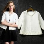 Preorder เสื้อคลุม สีขาว รอบคอและตัวเสื้อ แต่งด้วยมุกสีขาว