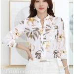 Preorder เสื้อทำงาน คอปก สีขาว ผ้าพิมพ์ลายดอกน่ารัก