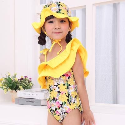 1 แพ๊ค มี3 ตัว -->Sz.90/100/110 ชุดว่ายน้ำเด็กหญิงวันพีช สีเหลืองไหล่เฉียงลายดอก พร้อมหมวก