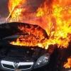 6 วิธีปฎิบัติ เมื่อเกิดไฟไหม้รถยนต์ !! (ทำไมถึงควรมีถังดับเพลิงติดรถ)