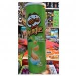 พริงเกิลส์ มันฝรั่งทอดกรอบรสซาวครีมและหัวหอม (Pringles Sour Cream & Onion Potato Crisps)